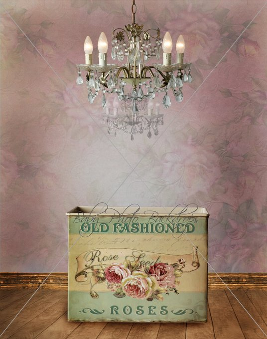 Old_Fashioned_Roses_and_Chandelier.jpg
