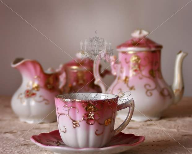 antique_teaset-1.jpg